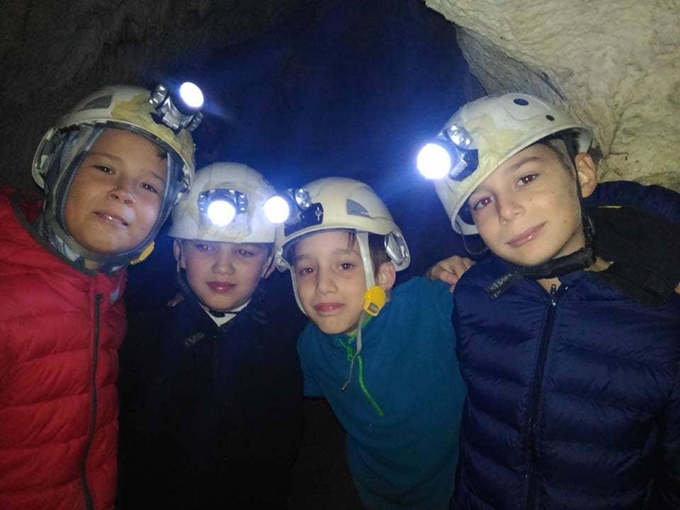 Escursione in grotta